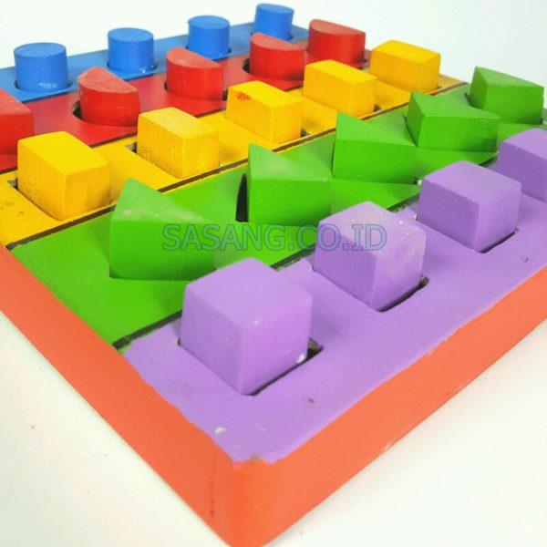 Alat Peraga Edukatif Anak Pasak Geometri Kecil Mainan Anak di Toko Grosir Alat Peraga Edukatif Sasang.Co.id
